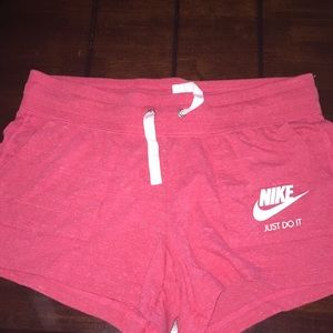 Official NIKE shorts//PeachPink//Large//never worn